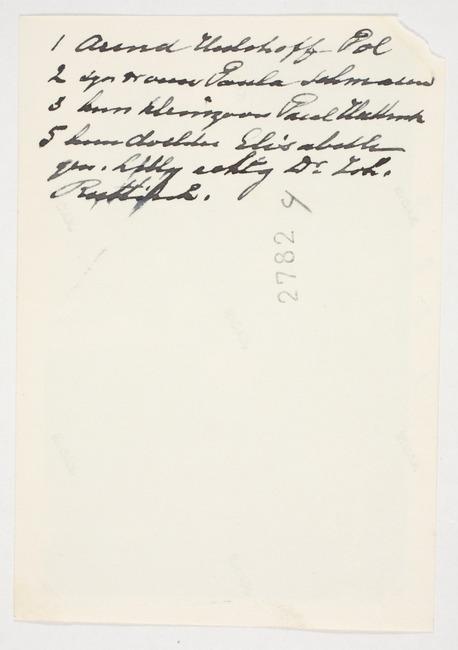 "<a class=""recordlink artists"" href=""/explore/artists/1984"" title=""Anoniem""><span class=""text"">Anoniem</span></a> ca. 1945-1949"
