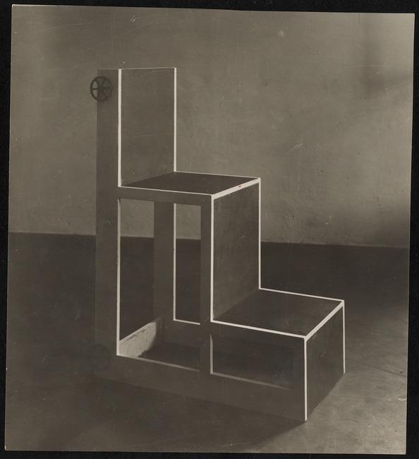 """<a class=""""recordlink artists"""" href=""""/explore/artists/329862"""" title=""""Alma Siedhoff-Buscher""""><span class=""""text"""">Alma Siedhoff-Buscher</span></a>"""