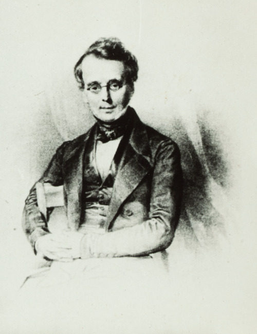 "toegeschreven aan <a class=""recordlink artists"" href=""/explore/artists/18821"" title=""Henricus Wilhelmus Couwenberg""><span class=""text"">Henricus Wilhelmus Couwenberg</span></a>"