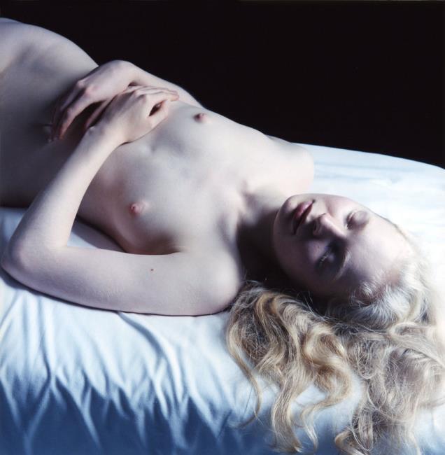 "<a class=""recordlink artists"" href=""/explore/artists/211093"" title=""Carla van de Puttelaar""><span class=""text"">Carla van de Puttelaar</span></a>"