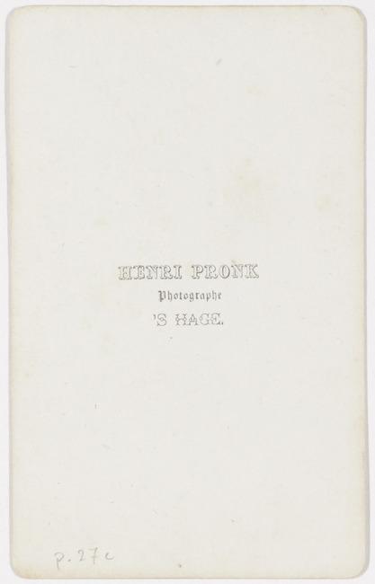 "<a class=""recordlink artists"" href=""/explore/artists/382516"" title=""Henri Pronk""><span class=""text"">Henri Pronk</span></a>"