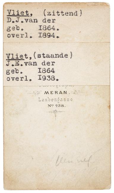 "<a class=""recordlink artists"" href=""/explore/artists/418308"" title=""L. Bresslmair""><span class=""text"">L. Bresslmair</span></a>"