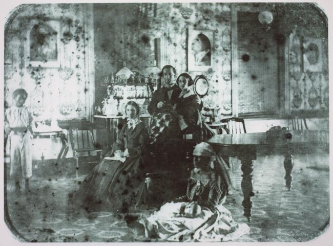 "<a class=""recordlink artists"" href=""/explore/artists/1984"" title=""Anoniem""><span class=""text"">Anoniem</span></a> 1860"