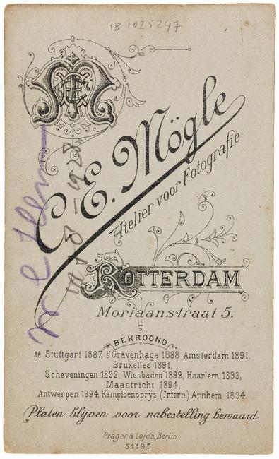 "<a class=""recordlink artists"" href=""/explore/artists/358815"" title=""Carl Emil Mögle""><span class=""text"">Carl Emil Mögle</span></a>"