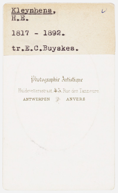 "<a class=""recordlink artists"" href=""/explore/artists/418080"" title=""Photographie Artistique""><span class=""text"">Photographie Artistique</span></a>"
