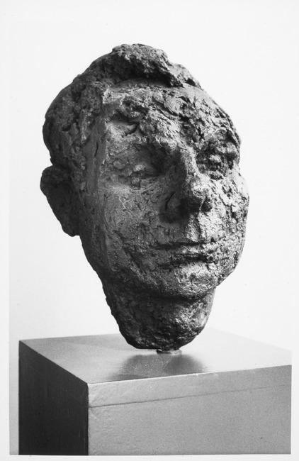 "<a class=""recordlink artists"" href=""/explore/artists/68745"" title=""Gerda Ursula Rubinstein""><span class=""text"">Gerda Ursula Rubinstein</span></a>"