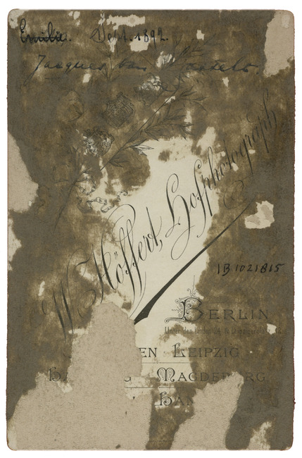 "<a class=""recordlink artists"" href=""/explore/artists/417484"" title=""Wilhelm Höffert""><span class=""text"">Wilhelm Höffert</span></a>"