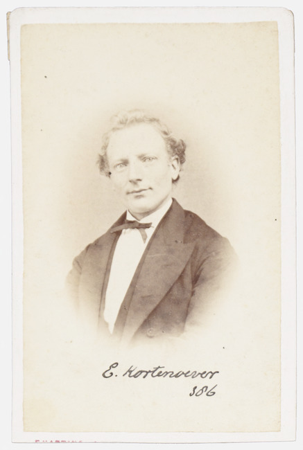"""<a class=""""recordlink artists"""" href=""""/explore/artists/417411"""" title=""""Frederik Harting""""><span class=""""text"""">Frederik Harting</span></a>"""